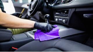 Полная химчистка или полная премиум-химчистка автомобиля, абразивная полировка с удалением царапин на автомойке Хим-Авто!