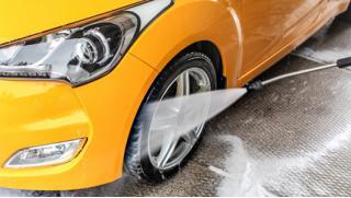 Купон на автосервис! Химчистка салона, комплексная мойка и абразивная полировка кузова автомобиля в сети «Экомойка»!