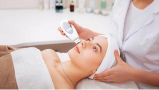 Чистая и здоровая кожа! Ультразвуковая, механическая или комбинированная чистка лица, пилинг и карбокситерапия от Beauty Doc!