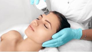 Косметология в кабинете аппаратной косметологии Grinda! От ультразвуковой чистки лица до LPG-массаж лица и не только!