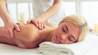 Массаж со скидкой! Разогревающий массаж шейно-воротниковой зоны, массаж стоп, психосоматический или холистический массаж!