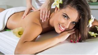 Наслаждение в саду! Тайский, лимфодренажный, лечебный и другие виды массажа, а также обертывание в салоне Сад красоты!