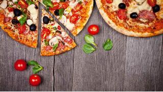 Едим пиццу каждый день! Горячие сеты из осетинских пирогов и пиццы от Пекарни «ПиццаТорг»! Скидка 70%!