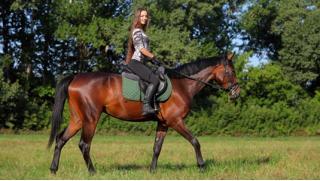 Эко прогулка! Конное шоу, прогулка в экипаже или конная прогулка с горячим обедом в конноспортивном клубе «Баллада»!