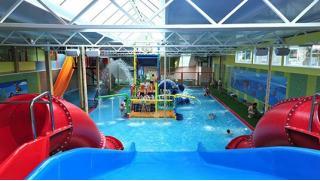 Билет на целый день развлечений в аквапарке Аква-Юна для детей и взрослых