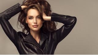 Сложное окрашивание, окрашивание в 1 тон, ботокс для волос, различные стрижки, ногтевой сервис и не только в салоне красоты «Николь»